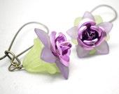 Daisy Earrings in Metallic Lilac Purple and Leafy Green on Brass Kidney Ear Wires