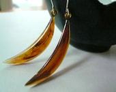 Vintage tortoise shell crescent earrings