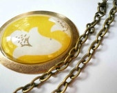 Virginia Woolf's Sofa II. Large glass pendant on long or short chain