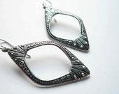 Pointed silver hoops. Art deco earrings. Everyday earrings. Antiqued silver diamond shaped hoop earrings. Long hoops. Sterling silver.