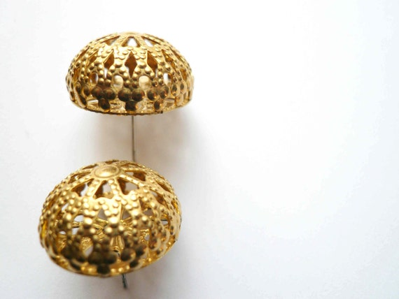 Large gold posts Large posts Round gold posts Round posts Filigree posts 1950s posts Mad Men posts 1960s post earrings Big gold posts Studs