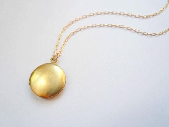 Small gold locket necklace Small locket Tiny locket Miniature locket Round locket Brass locket Gold fill chain Classic locket Plain locket