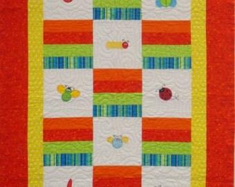 FANCY BUGS Handmade Quilt 37 x 53