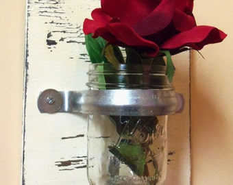 Ivory Mason Jar Wall Vase Holder Metal Strap Wall flower Hanging 8 x 9