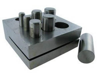 Disc Cutter 1/4in.  to 5/8in.  - Seven Punches  June SPECIAL