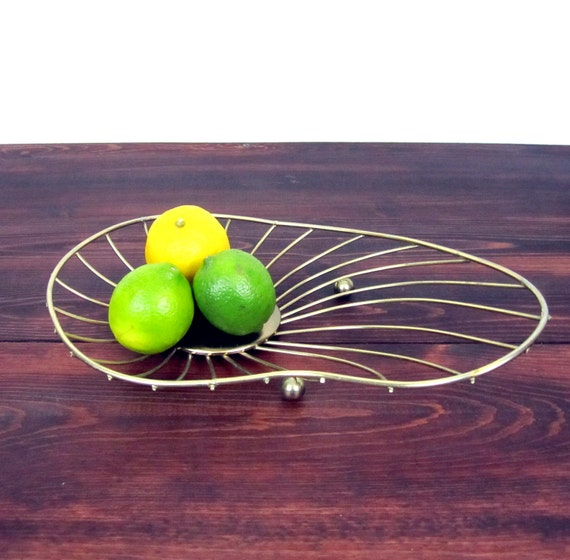 Vintage Mid Century Wire Tray  / Retro Kidney Bean Shaped Tray