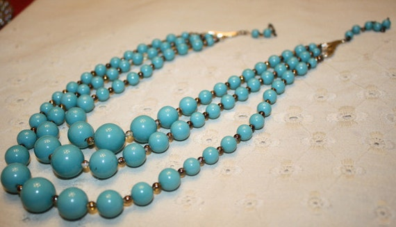 CLEARANCE PRICE Turquoise Colored Lucite Triple Strand Necklace