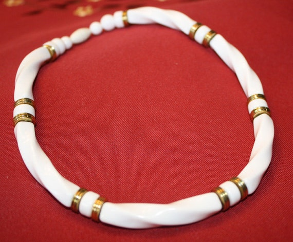 CLEARANCE PRICE White Lucite Necklace Choker Necklace