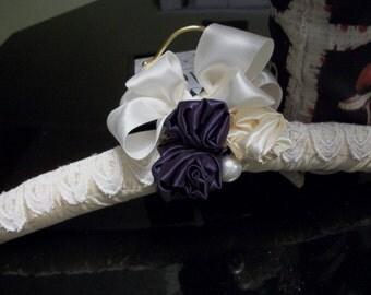 Bridal hanger eggplant cream ivory