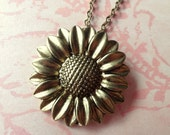 Sunflower Necklace. Summer Charm Necklace. Brass Tone.
