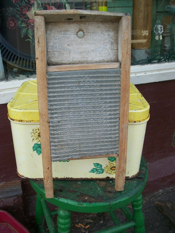 Antique Primitive Small Shabby Washboard from Rustysecrets