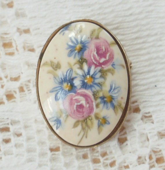 Sweet Pink Roses and Blue Flowers Pin / Pendant