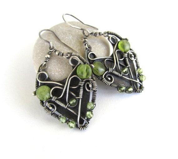 green peridot silver earrings wire wrapped anniejewelry
