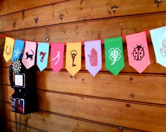 Lucky bunting