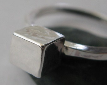 Modern sterling silver cube ring.  Textured minimalist square urban jewelry.  Square wire band. Simple, chic, shiny.  Made to order.