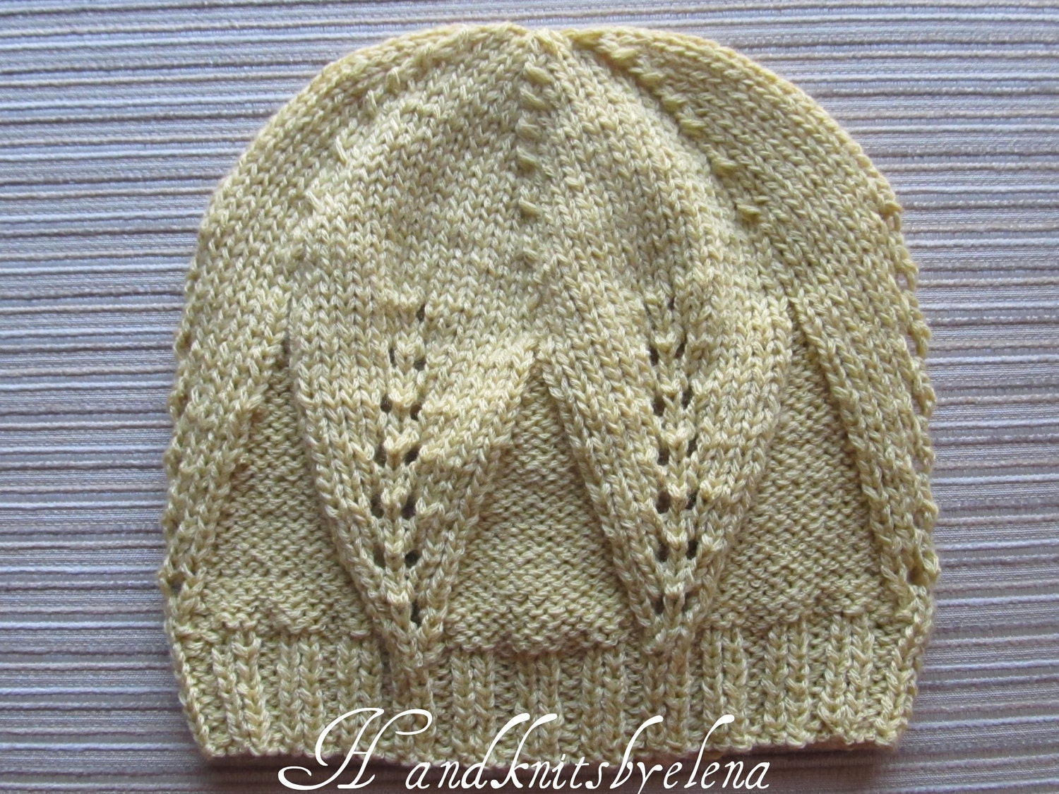 Knitting Pattern 5 Hat With Large Leaves Pattern in Sizes