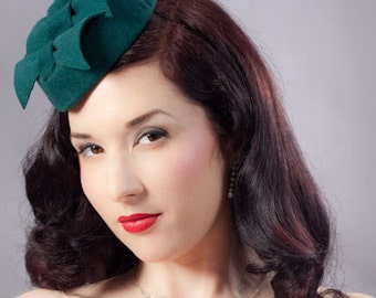 Pillbox Hat - Green Felt hat - tilt hat - pillbox  - 40s style hat