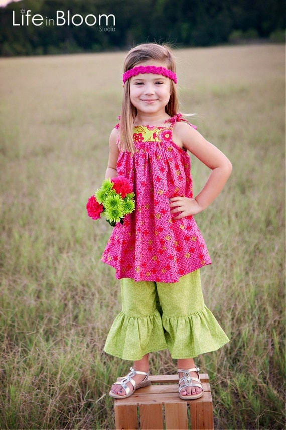 SET Baby Doll Tie Knot Dress or Shirt and Ruffle Bottoms