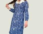70s Knit House Dress size M Blue Geometric Shift Hipster dress Optical Print