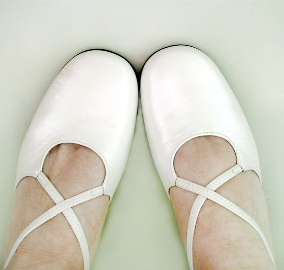 80s Vintage GABOR Dress shoes fits 7 to 7.5M For the Bride...Champagne Pearl