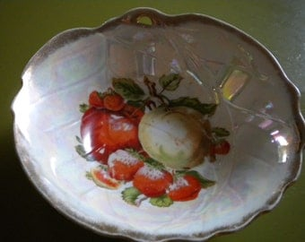 SALE Vintage Iridescent Bowl, Apples and Strawberry Design