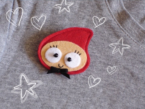 Brooch or magnet -Anly Little Red Ridding Hood-