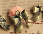 20pcs Antique Bronze Bowknot Charm Pendant PD387