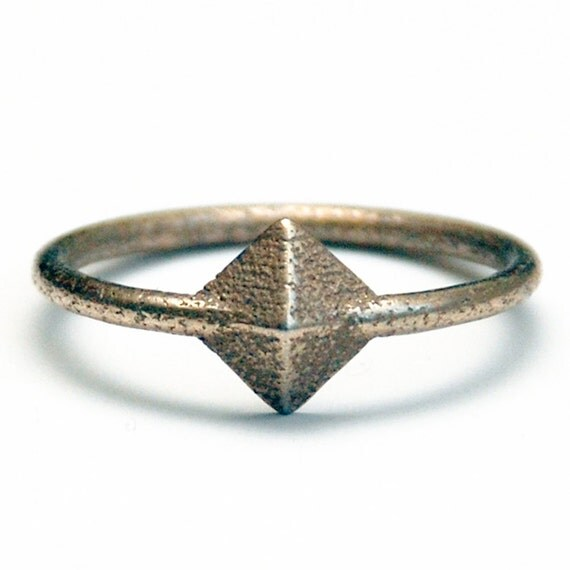 SALE Tiny Silver Pyramid Stackable Ring