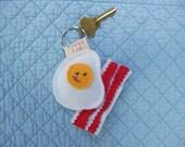 Egg Loves Bacon Keychain- Keychain- Eggs and Bacon- Bacon- Kawaii