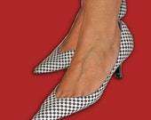 Vintage Giorgio Armani Checkered Kitten Heel Pump