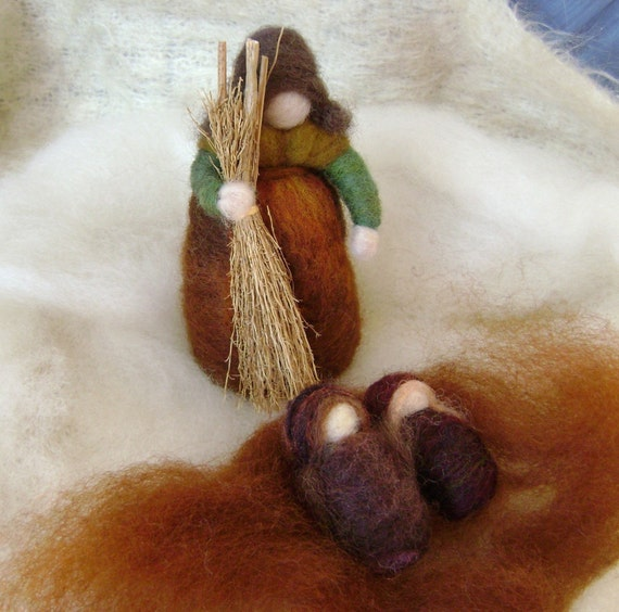 Wool Felting  - Mother Earth and the Babies  - Softearth