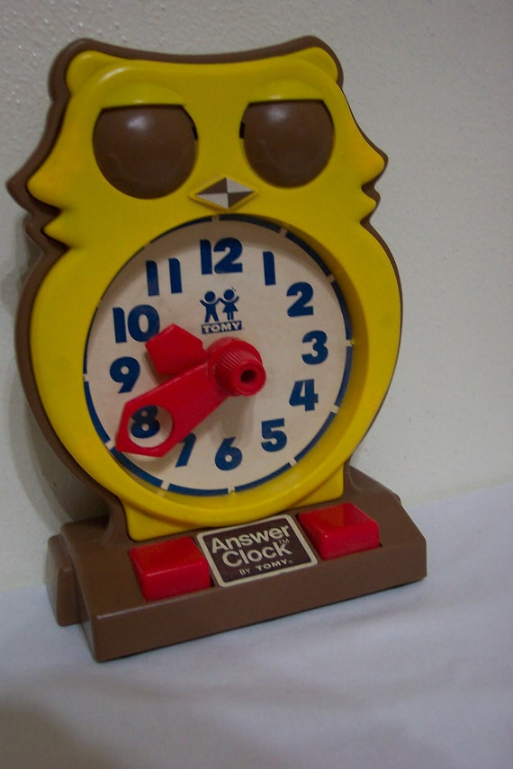 Telling The Time | Learn To Tell Time | Toy Theater