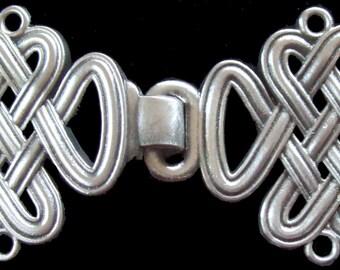 CC-02 Celtic Knot Cloak Clasp