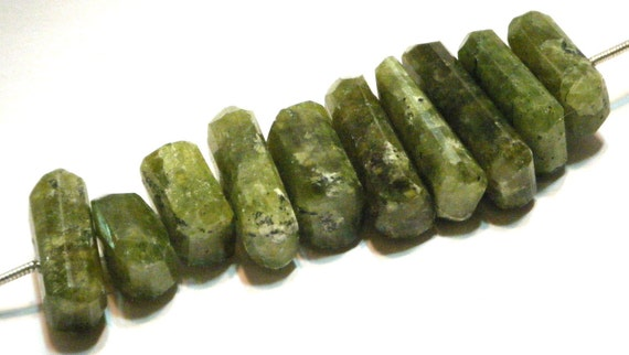 Grossularite Garnet faceted side drilled nuggets gemstone beads full strand