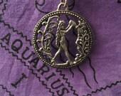 AQUARIUS - Pendant and chain