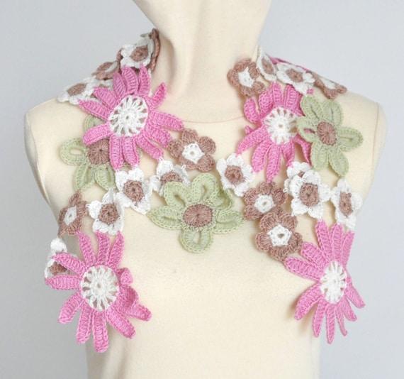 PINK DAISY - Crochet Multicolor Flowers Spring Scarf/Lariat