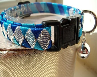 Silver Cat Collar with Blue contrast