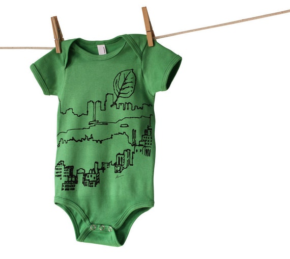 Central Park Leaf Boy Girl Baby Onesie, Hand-Printed Eco Friendly Lithograph, Grass Green, 12-18 months