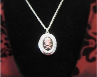 Skull and crossbones cameo locket