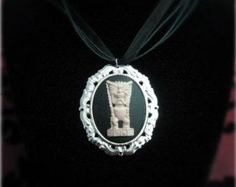 Tiki cameo necklace