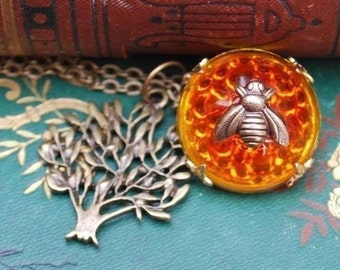 Honey Bee and Tree Necklace.......