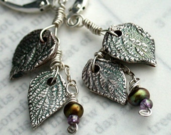 Day Three Leaves 2 - Earrings in silver and pearls