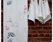 Linen tablecloth and 4 napkins- Eco-Friendly and fully handcrafted - celina mancurti - Nest 01 - sustainable product