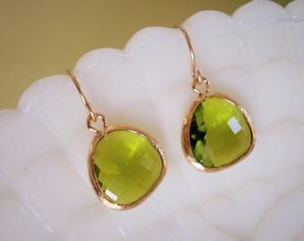 Dark Apple Green Earrings,Gold Earrings, Bridal Jewelry, Bridesmaid Earrings, Best Friend Birthday