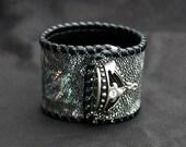 Stingray Cuff Bracelet in Silver HOLOGRAM