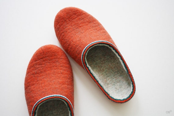 Shot 80's / Felted home slippers Handmade to order