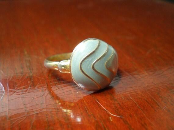 Adjustable Enamel ring