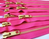 Wholesale metal teeth zippers - Ten hot pink 9 inch brass zippers - YKK color 516