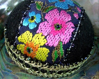 Art Deco Style, Flapper Hat Pincushion, Jewelry Display, Hat Pin Holder, Pinkeep, Black and Blues