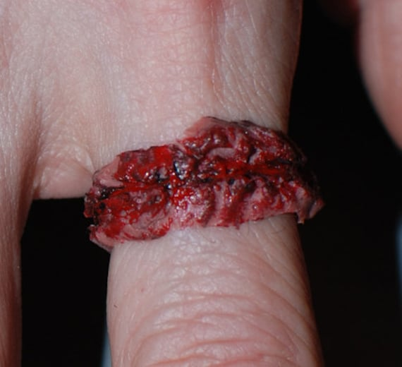 Zombie Jewelry - two Chopped Flesh Rings- Creepy Cute Gothic
